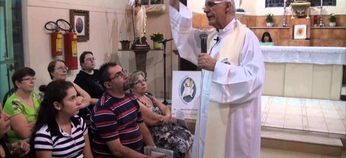 VÍDEO: Homilia do Pe. Julio no 5º Domingo da Páscoa